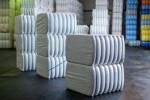 Strauss Fasern Ballenlager Chemiefasern  Faserhandel Stapelfasern